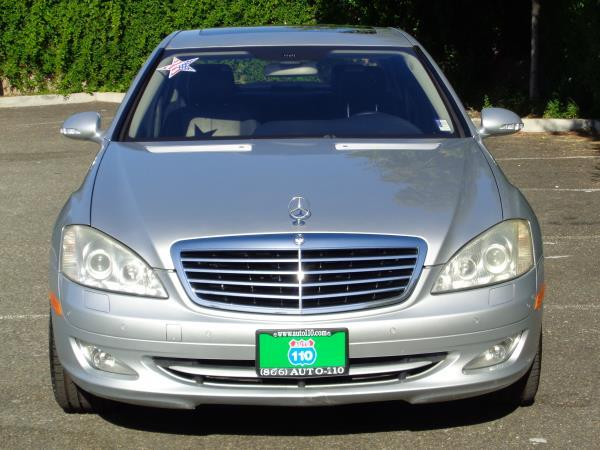 2007 MERCEDES S-CLASS silverblack automatic acabs amfm stereocd playercruise controldvd