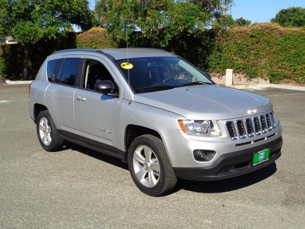 2012 JEEP COMPASS sliverblack automatic acabs alloy wheelsamfm stereocd playercruise con