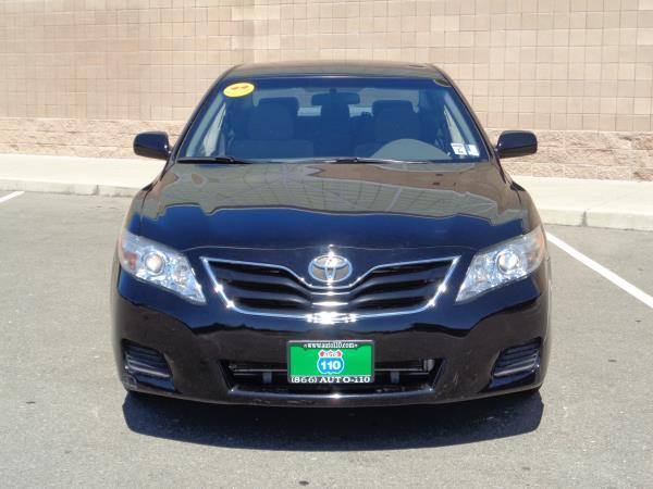 2011 TOYOTA CAMRY blackbiege automatic acabs alloy wheelsamfm stereocd playercruise cont