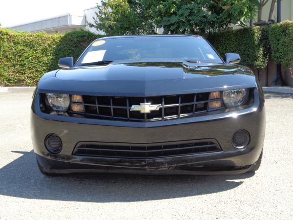 2012 CHEVROLET CAMARO black 6 speed automatic acabs alloy wheelsamfm stereocd playerplock