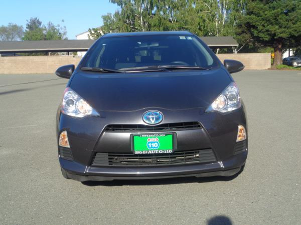 2013 TOYOTA PRIUS C silverblack automatic 38149 miles Stock 2332 VIN JTDKDTB36D1053274