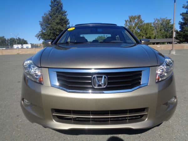 2008 HONDA ACCORD goldbeige 5 speed automatic 50268 miles Stock 2380 VIN 1HGCP36828A011743