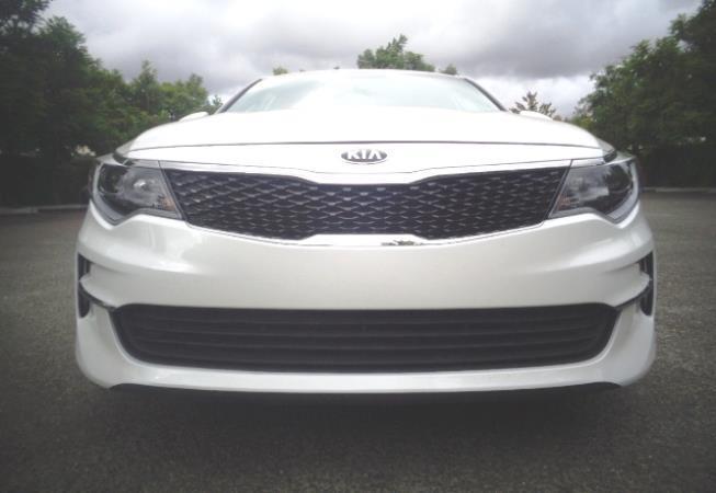 2016 KIA OPTIMA whiteblack 6 speed automatic 29284 miles Stock 2418 VIN 5XXGT4L32GG069106