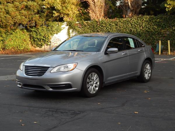 2014 CHRYSLER 200 garydark gray 4 speed automatic 68570 miles Stock 2462 VIN 1C3CCBAB7EN213