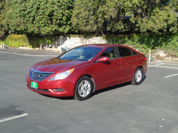 2012 HYUNDAI SONATA red automatic 71629 miles Stock 2584 VIN 5NPEB4AC0CH461660