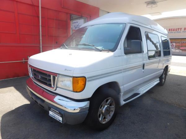FORD ECONOLINE XLT