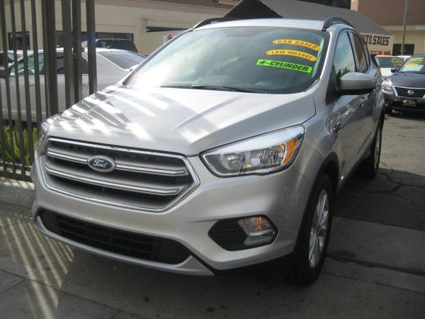 FORD ESCAPE-SE