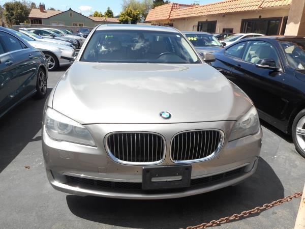 BMW 740I 740I