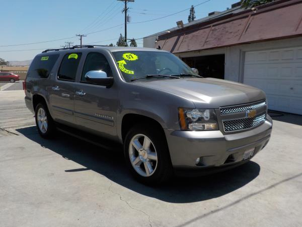 2007 CHEVROLET SUBURBAN LTZ smoke grayblack auto air conditioneralarmamfm radioanti-lock br