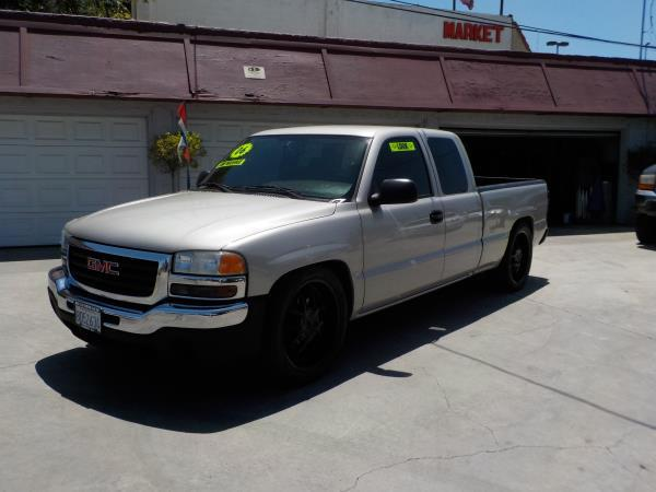 2006 GMC SIERRA 1500 X CAB silverbirchcharcole auto air conditioneramfm radioanti-lock brake