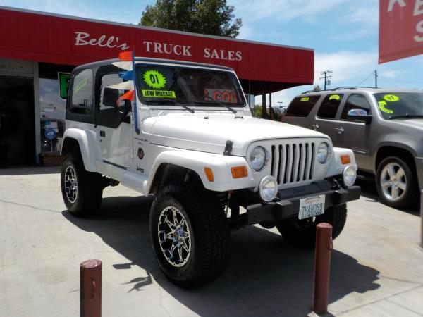 2001 JEEP WRANGLER SAHARA whitegreen auto air conditioneramfm radioanti-lock brakescd playe