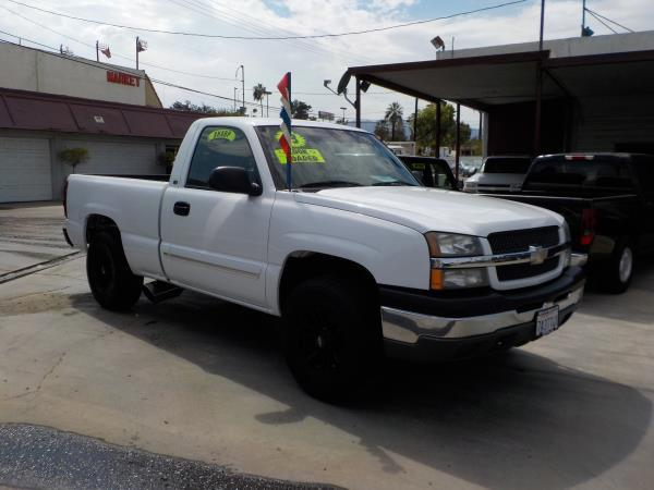 2003 CHEVROLET SILVERADO 1500 REGCAB whitecharcole auto air conditioneralarmamfm radioanti
