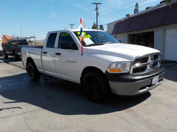2011 DODGE RAM PICKUP whiteblack auto air conditioneramfm radioanti-lock brakescd playerch