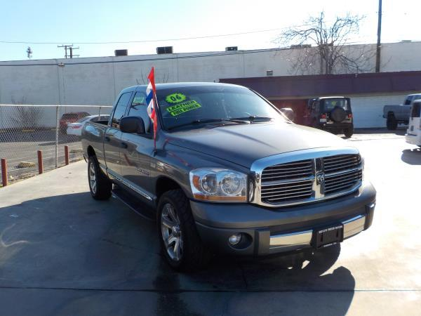 2006 DODGE RAM PICKUP 1500 QUAD CAB charcolegrey auto air conditioneralarmamfm radioanti-lo