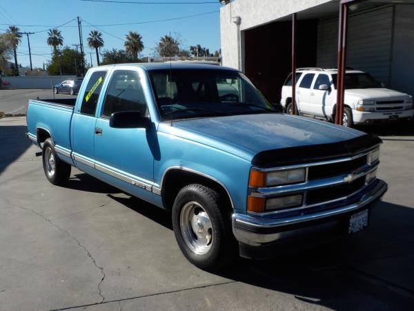 1997 CHEVROLET C1500  X CAB bluegrey auto air conditioneramfm radiocruise controldriver air