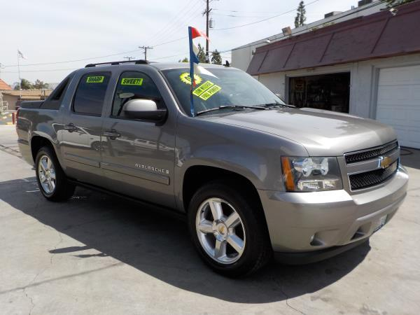 2007 CHEVROLET AVALANCHE smoke greyblack auto air conditioneralarmamfm radioanti-lock brake