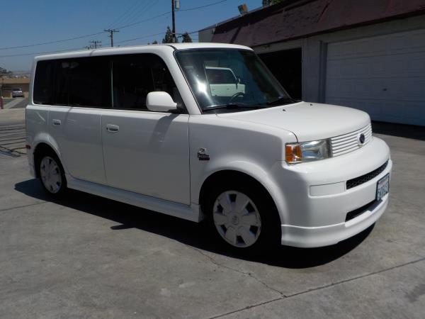 2006 SCION XB whiteblack automatic air conditioneralarmamfm radioanti-lock brakescd player