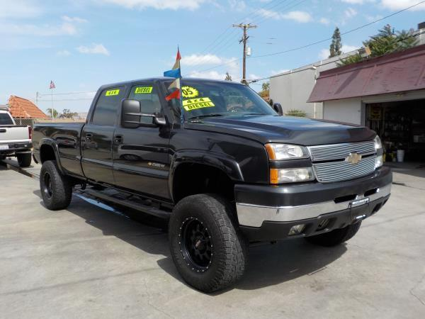 2005 CHEVROLET SILVERADO 2500HD CREW LONG BED charcolecharcole automatic air conditioneralarm
