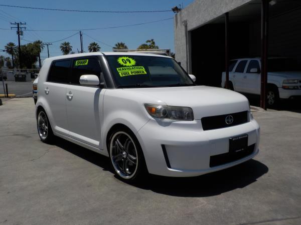 2009 SCION XB SERIES 60 whiteblack automatic air conditioneralarmamfm radioanti-lock brake
