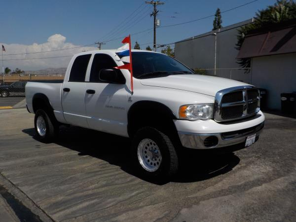 2005 DODGE RAM PICKUP whitecharcole automatic air conditioneralarmamfm radioanti-lock brake