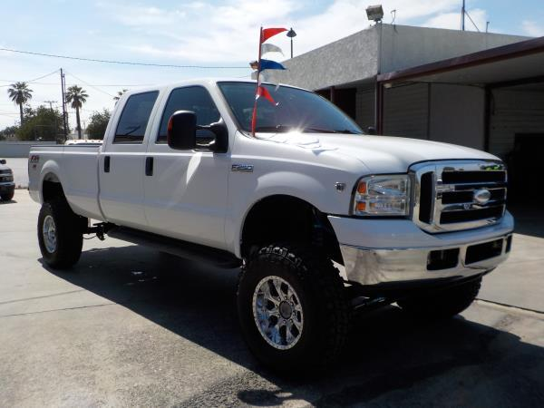 2005 FORD F-250 CREW CAB LONG BED whitegrey automatic air conditioneralarmamfm radioanti-lo