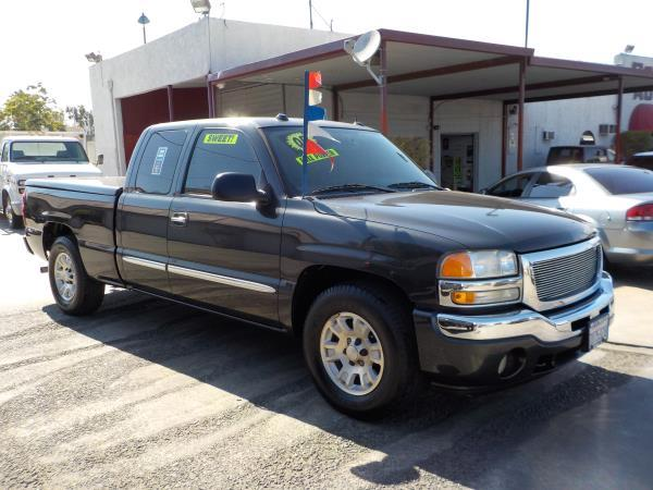 2005 GMC SIERRA 1500 X CAB charcloecharcole automatic air conditioneralarmamfm radioanti-lo