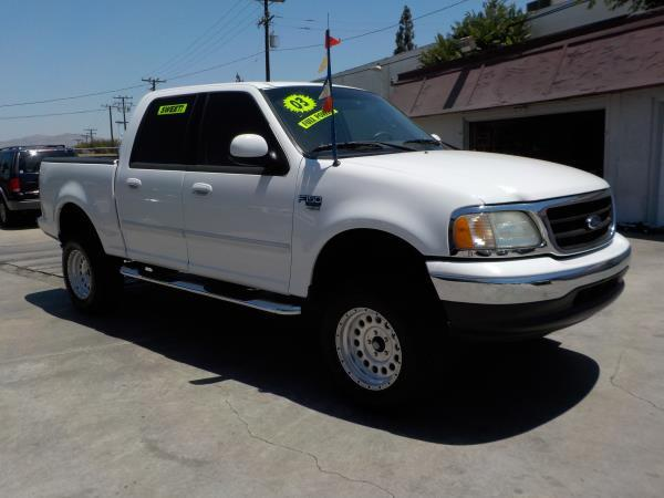 2003 FORD F-150 SUPER CREW whitetan automatic air conditioneralarmamfm radioanti-lock brake