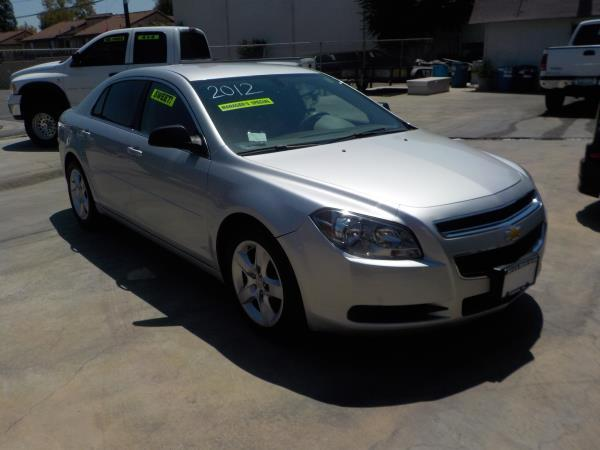 2012 CHEVROLET MALIBU silvergrey auto air conditioneramfm radioanti-lock brakescd playercr