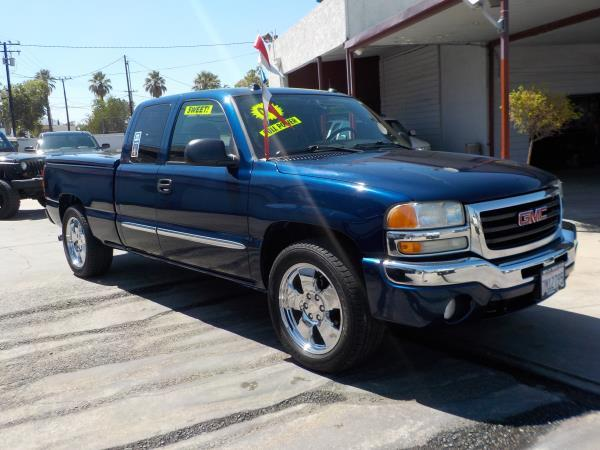 2004 GMC SIERRA 1500 X CAB bluecharcole automatic air conditioneralarmamfm radioanti-lock b