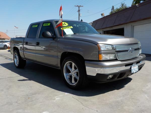 2006 CHEVROLET SILVERADO smoke bluecharcole automatic air conditioneralarmamfm radioanti-lo