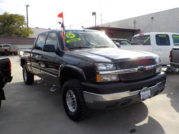 2004 CHEVROLET SILVERADO 2500HD CREW charcolecharcole automatic air conditioneralarmamfm rad