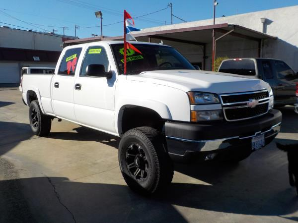 2007 CHEVROLET SILVERADO CLASSIC whitecharcole automatic air conditioneralarmamfm radioanti