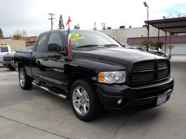 2005 DODGE RAM PICKUP 1500 QUAD blacktan clth auto air conditioneralarmamfm radioanti-lock