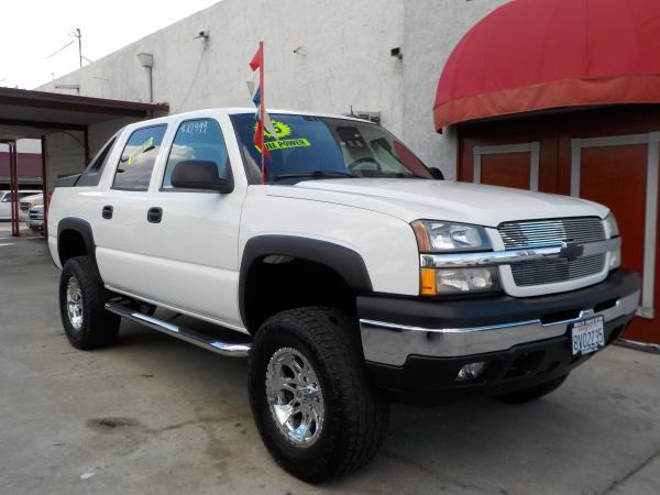 2005 CHEVROLET AVALANCHE 1500 whitegrey automatic air conditioneralarmamfm radioanti-lock b