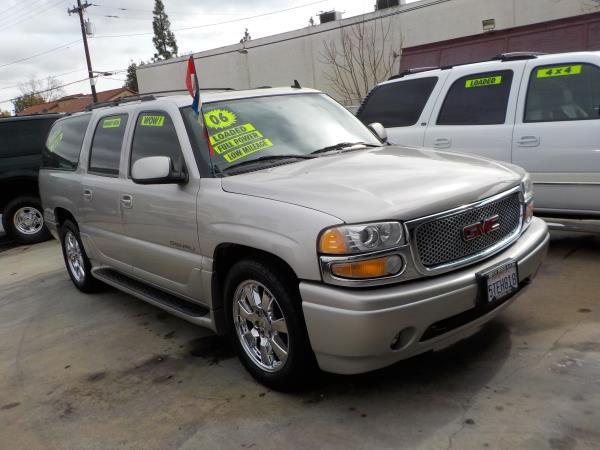 2006 GMC YUKON XL DENALI silverbirchgrey automatic air conditioneralarmamfm radioanti-lock