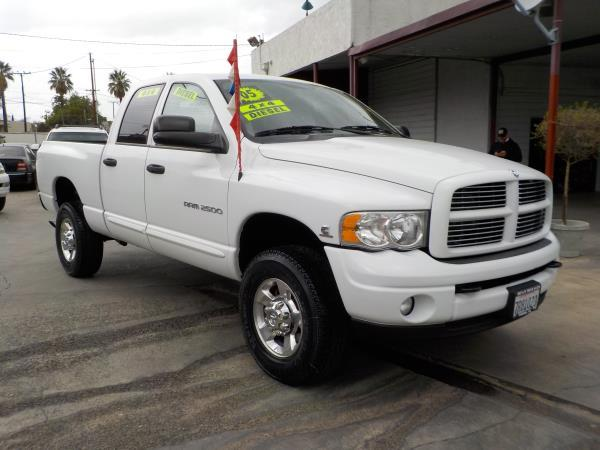 2005 DODGE RAM PICKUP 2500 QUAD CAB whitecharcole automatic air conditioneralarmamfm radioa