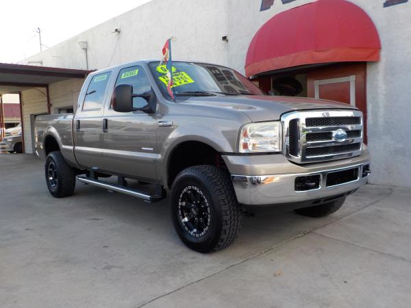 2006 FORD F-250 CREW 4WD mochatan automatic air conditioneralarmamfm radioanti-lock brakes