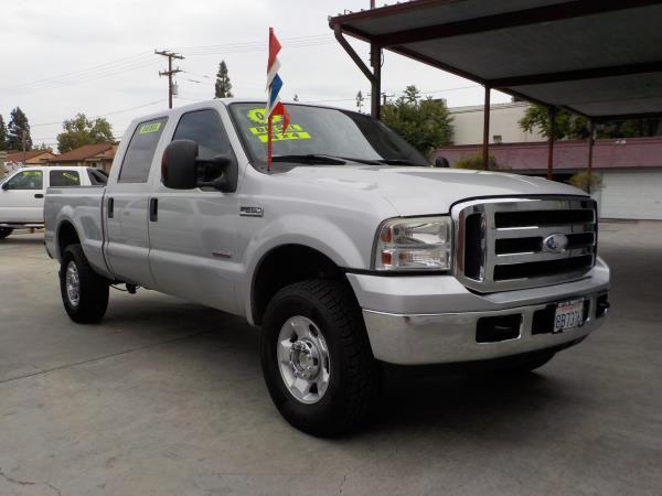 2006 FORD F-250 CREW CAB 4WD silvergrey automatic air conditioneralarmamfm radioanti-lock b