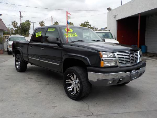 2004 CHEVROLET SILVERADO 2500 4WD charcolecharcole automatic air conditioneralarmamfm radio