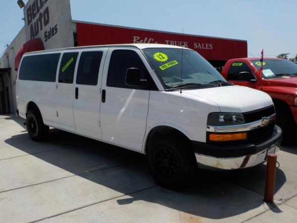 2012 CHEVROLET EXPRESS whitegrey automatic air conditioneralarmamfm radioanti-lock brakesc