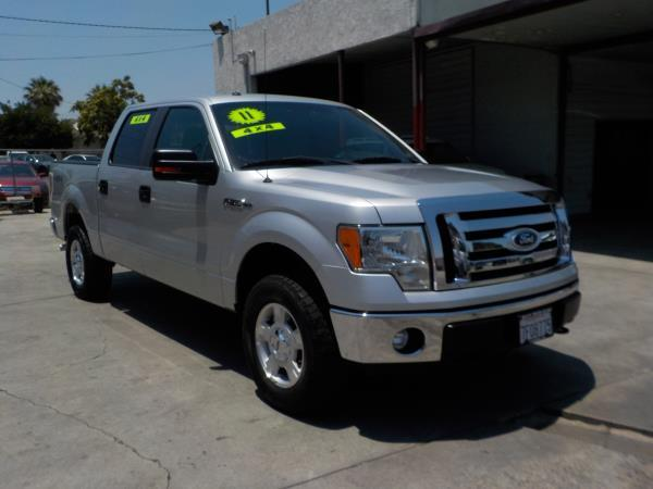 2011 FORD F-150 SUPER CREW 4WD silvergrey automatic air conditioneralarmamfm radioanti-lock