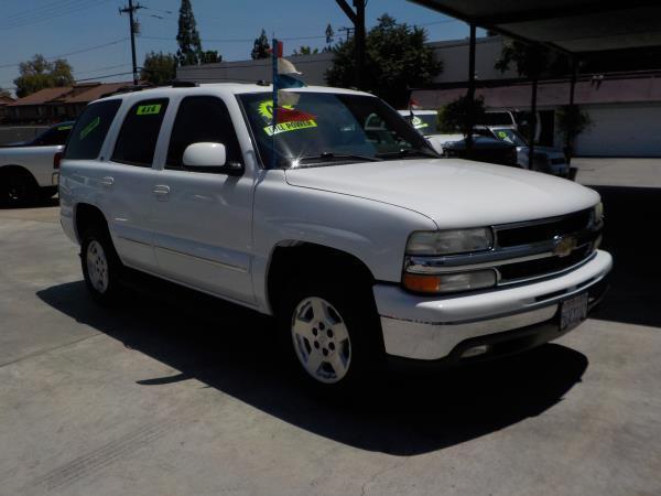 2004 CHEVROLET TAHOE 4WD whitegrey auto air conditioneralarmamfm radioanti-lock brakescd c