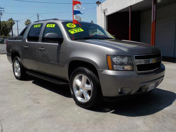 2007 CHEVROLET AVALANCHE 4WD grayblack automatic air conditioneralarmamfm radioanti-lock br