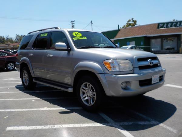 2006 TOYOTA SEQUOIA greygrey cloth automatic air conditioneralarmamfm radioanti-lock brakes
