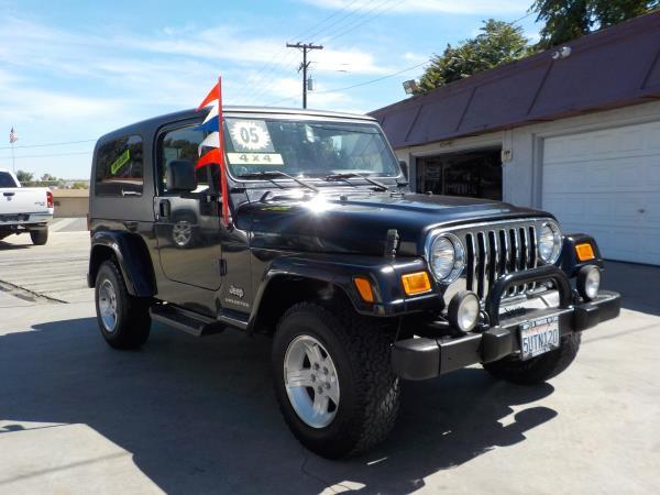 2005 JEEP WRANGLER blackblack automatic air conditioneramfm radioanti-lock brakescd player