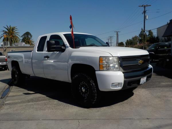 2011 CHEVROLET SILVERADO 1500 X CAB whiteblack automatic air conditioneramfm radioanti-lock