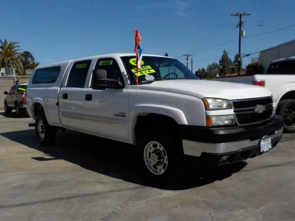 2007 CHEVROLET SILVERADO CLASSIC CREW 4WD whitecharcole automatic air conditioneralarmamfm r