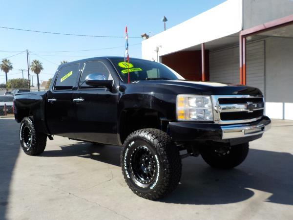 2011 CHEVROLET SILVERADO 1500 CREW blackblack automatic air conditioneralarmamfm radioanti-