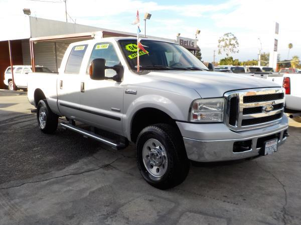 2006 FORD F-250 CREW 4WD silvergrey automatic air conditioneralarmamfm radioanti-lock brake