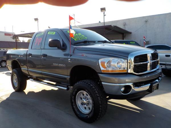 2006 DODGE RAM PICKUP 2500 QUAD CAB charcolegrey automatic air conditioneralarmamfm radioan